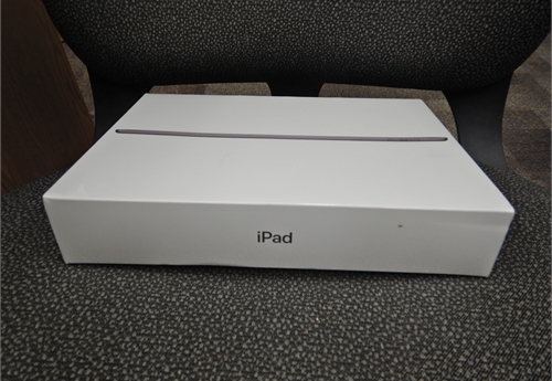 Apple iPad (7th Generation) Wi-Fi